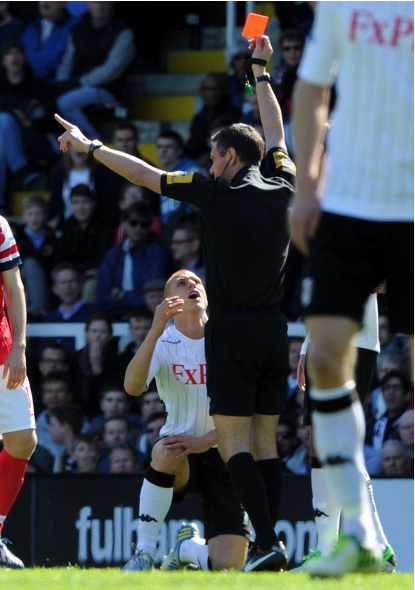 Referee Andy Marriner Shows The Red Card To Steve Sidwell… News Photo - Getty Images - 167101194