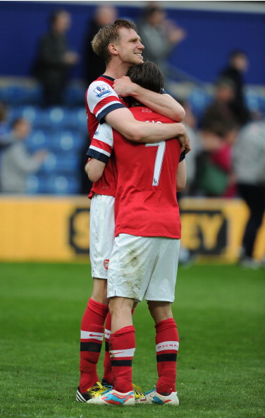 Per Mertesacker And Tomas Rosicky Of Arsenal Celebrate… News Photo - Getty Images - 168029952