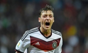 Mesut Scream